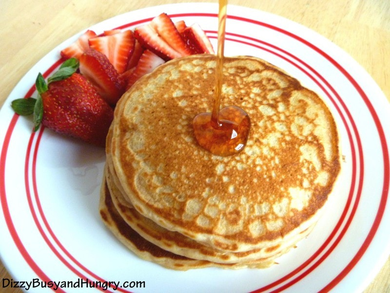 Lemon-Yogurt-Pancakes-3-1024x768