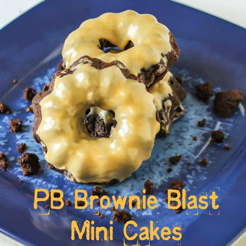 pb brownie blast mini cakes-0410c