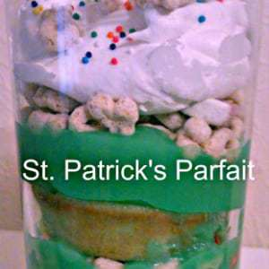 Side view of St. Patricks parfait in a clear glass.